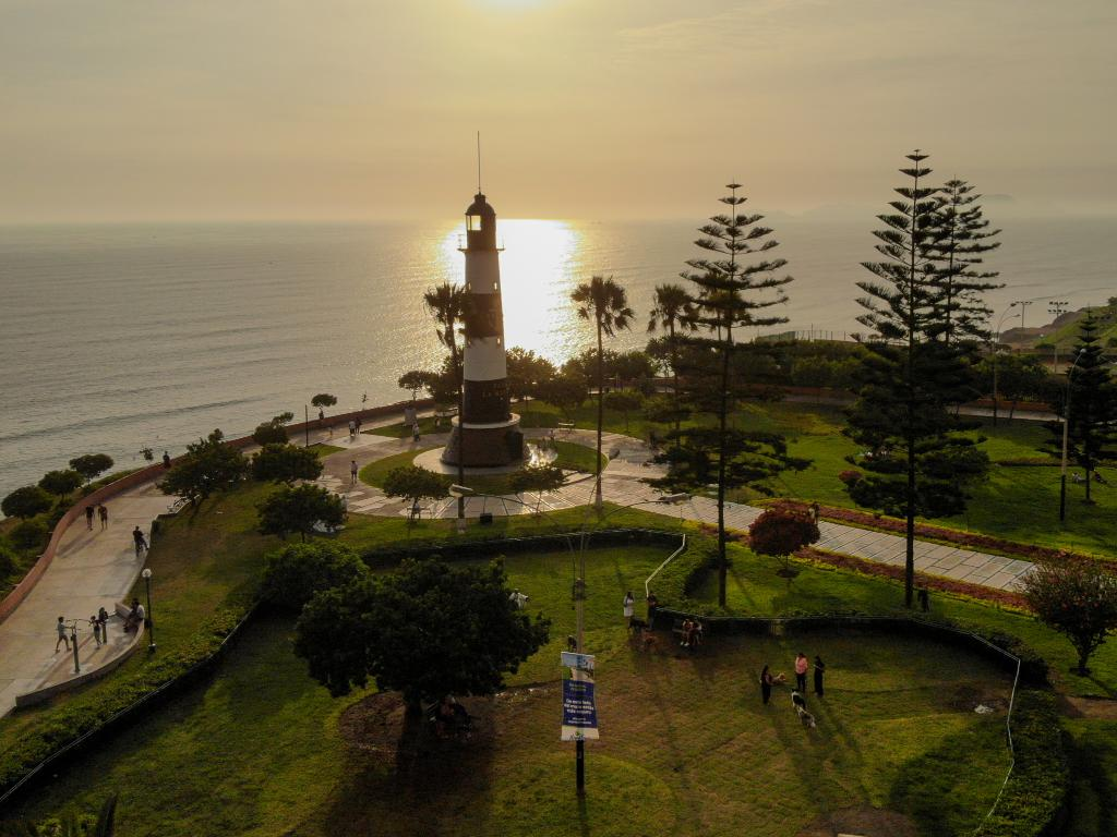 #Miraflores a destination that you can´t miss, and just a 15-minute walk from #CourtyardMiraflores https://t.co/baPktZGBNI
