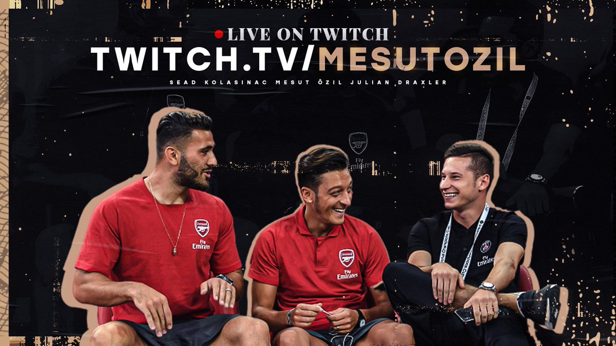 Don't miss the #StayAtHome Fortnite session live with my brothers @seadk6 and Julian #Draxler on @Twitch🎮 ➡     We will play for the good cause and donate money for @BigShoe_11  - you can donate as well if you want:
