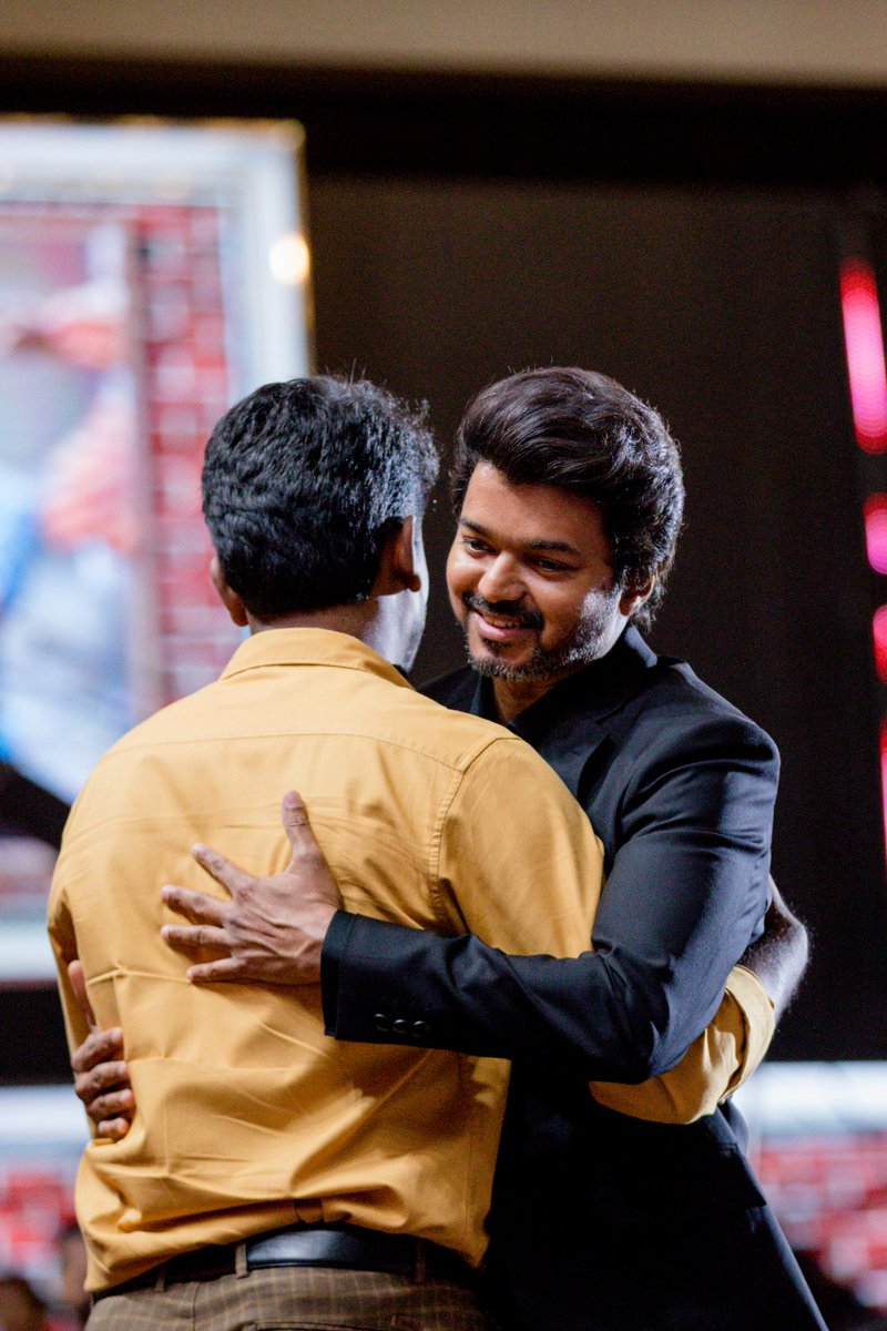 Not for the camera, Not for the mic,  Not for the stage, Not for the claps. I spoke from the heart for Thalapathy. He heard it. Athu pothum 🥰 .  Love you @actorvijay na #MasterAudioLaunch #Master https://t.co/kDNvdPTjPa