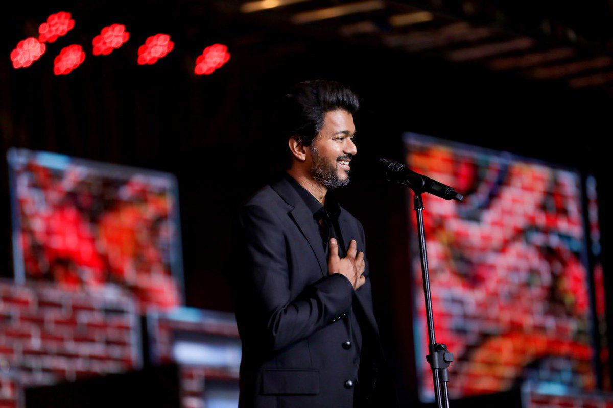 #MasterAudioLaunch, was one of the most emotional moments of my life. Thanking each one of you from the bottom of my heart and your words means a lot to me .. could feel the love you all had on me and I was moved. will cherish this forever https://t.co/fV17cVAyOA