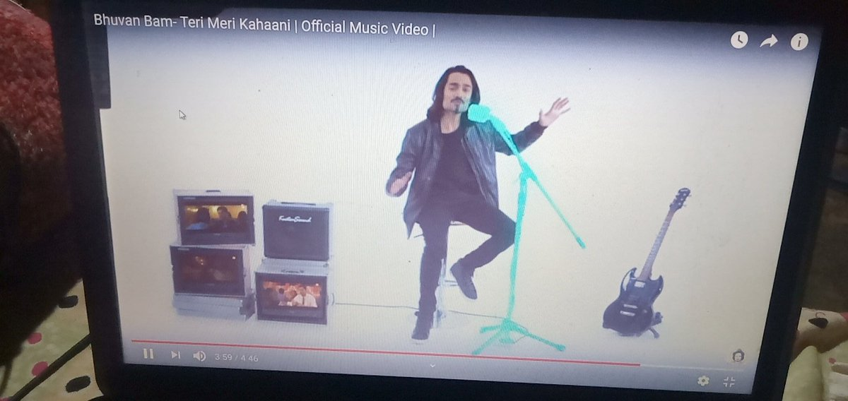 My all time favorite song  Teri Meri kahaani by @Bhuvan_Bam thanks Bhai for this one. And can't wait for #Dhindora   Love you Bhai and best wishes with you always #bhuvanbam #bbkivines #BBKiVinesProductions pic.twitter.com/K5OVc2fAMz