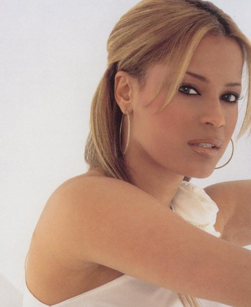 Is Back in the sister Happy Birthday Blu Cantrell