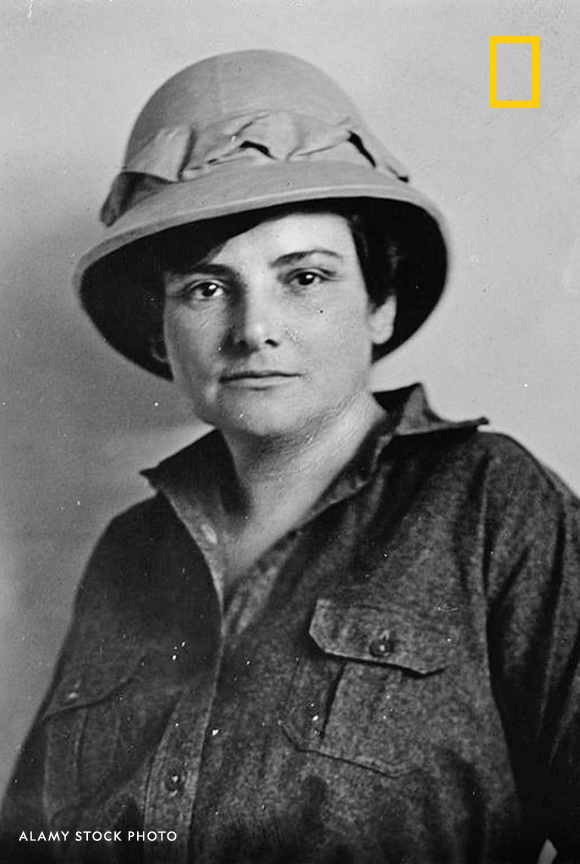 Harriet Chalmers Adams, the first female journalist allowed to visit the French trenches during WWI, had never been to college, but her work garnered her invitations to speak around the world—often from orgs that had never invited a woman before. #WHM2020 https://t.co/K6qaxh0tDm https://t.co/OLNfaxjs7v