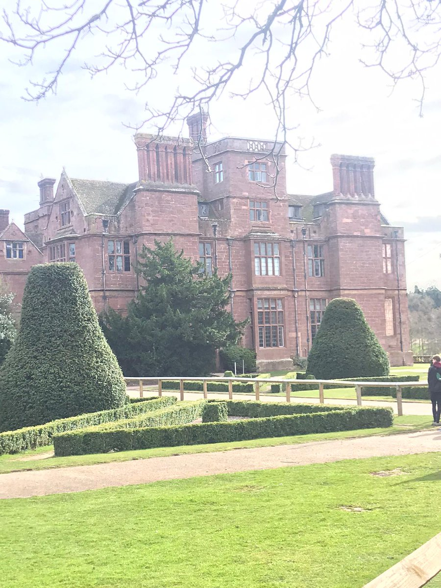 Our gorgeous setting for the next 3 days😍 @JCA_Adventure #condoverhall https://t.co/fI5wVupEDC