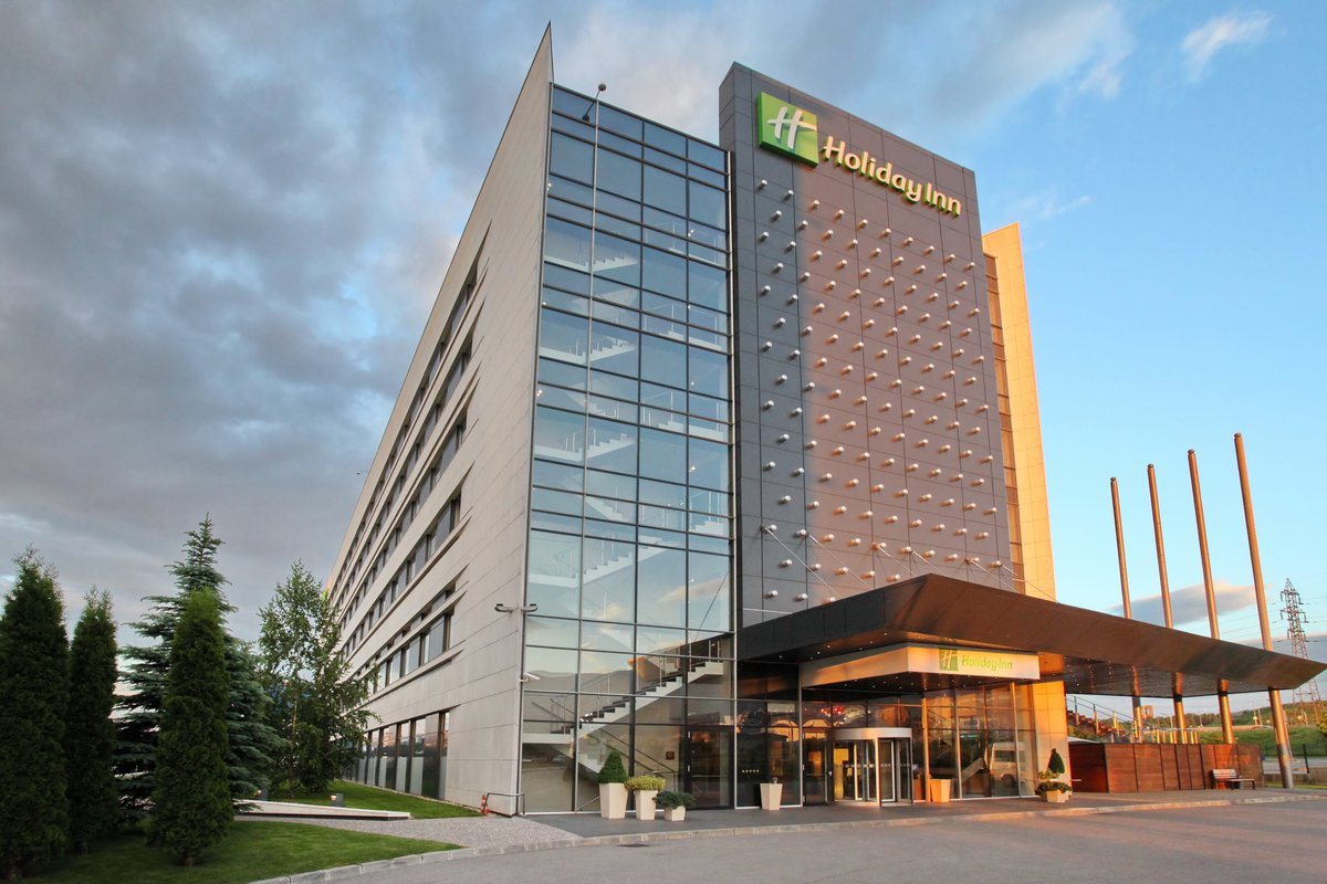 We at Holiday Inn Sofia are aiming for the highest guests' satisfaction and the well-being of all visitors is our main goal! #StaySafe !  🌐: https://t.co/PYlqTo0cDp 📧: info@holidayinnsofia.bg 📞: +359 2 8070707 https://t.co/yYCioJw43t