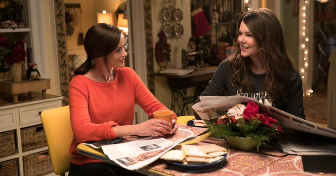 Happy Birthday, Lauren Graham! Look Back at Lorelai Gilmore\s Best Moments