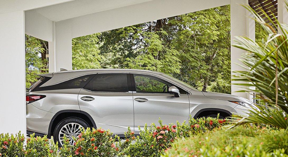 Conoce la elegancia, la atención y el cuidado de nuestro bello #LexusRX. Anímate a mirar y descubrir todo acerca de nuestros modelos. Visítanos en Costa Del Este, Plaza Del Este. #Lexus #ExperienceAmazing #LexusDriver https://t.co/PGjD1xArOD