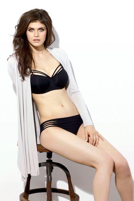 Happy Bday Alexandra Daddario you perfect girl.