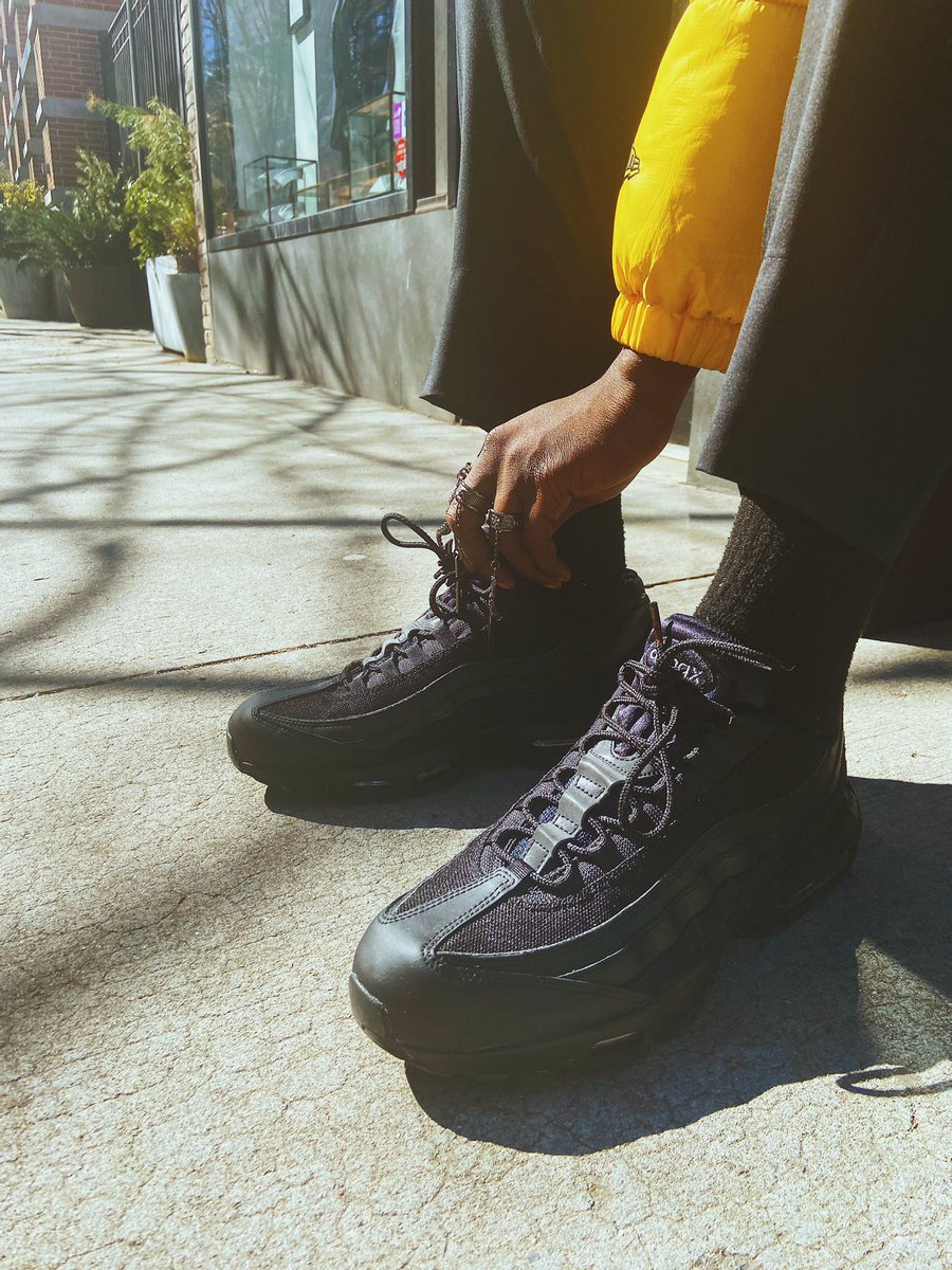 The Athlete S Foot On Twitter Black On Black Airmax 95 S Styled By Pattern Papi Sportwithstyle Tafcontentcreators Https T Co Ystej5o4os