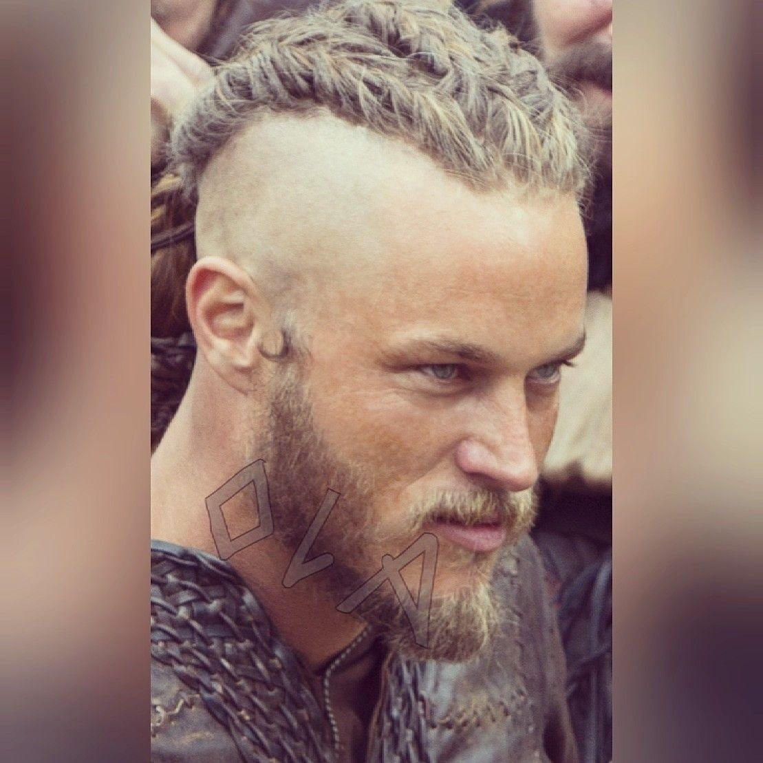 #magnificentmanmonday my King #ragnarlothbrok #travisfimmel #vikings legendary norse warrior  Travis Fimmelpic.twitter.com/BLWRY8eHv7