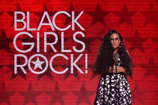 Beverly Bond is a woman who takes on massive responsibility in proving that Black Girls Rock! She is a social entrepreneur, model, mentor, DJ & now an author. #BlackGirlMagic. More, https://www.blackeoejournal.com/2020/03/truth-lessons-love-all-things-black-girls-rock/…  @beverlybond #BlackEOEJournal #proudtobeblack #supportblackpic.twitter.com/STsH8Az9yM