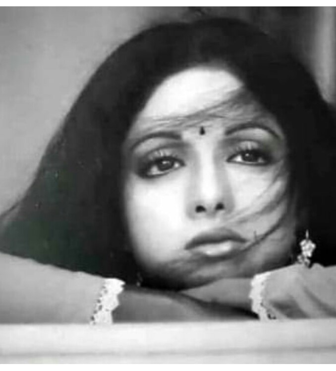 @SrideviBKapoor in @yrf 's #Chandni (1989)  #Sridevi