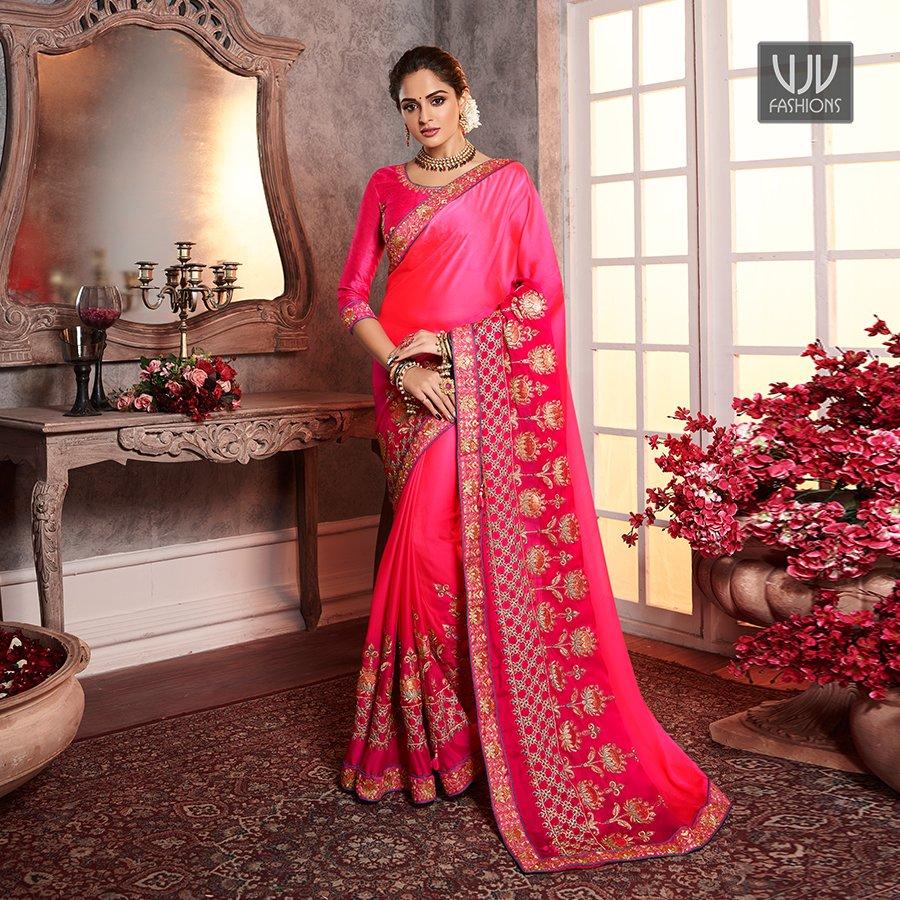 Buy Now @ http://bit.ly/39MSvFf  . Lovely Magenta Color Fancy Fabric Designer Classic Saree . Fabric - Net . Product No  VJV-AARD2165 . #saree #sarees #designersaree #weddingsaree #bridalsaree  #silksaree #banarasisarees #netsaree #ethnicsaree #partywearsaree pic.twitter.com/6kgajWT6fI