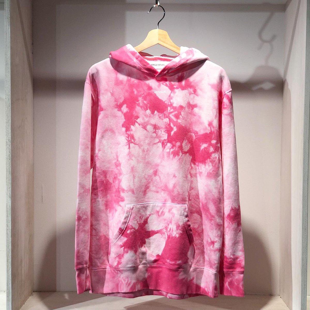New arrival. [ Small logo Tie dye pattern Hoodie ] @vanquishjp . size : (M), (L),. . #revanto #vanquish #vanquishjapan #japanmade #selectshop #hoodie #tiedye #streetfashion #unisexfashion #金沢 #片町pic.twitter.com/QZt5D6Zs0F