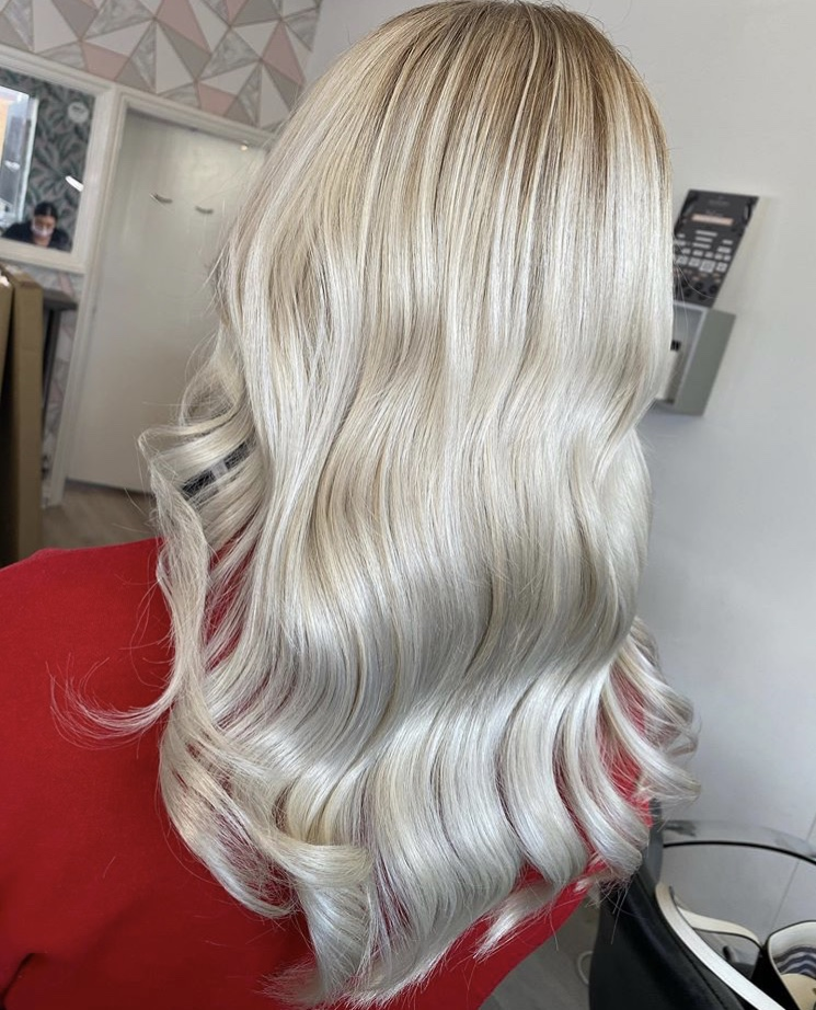 Super Ice  Extremely 'cool' work by @oliviarodwayhair. Giving us some serious #hairspo  #asp #asphair #hairdresser #blondes #blondehair #iceblonde #hairoftheday #hairinspopic.twitter.com/J70Oorm7Cz