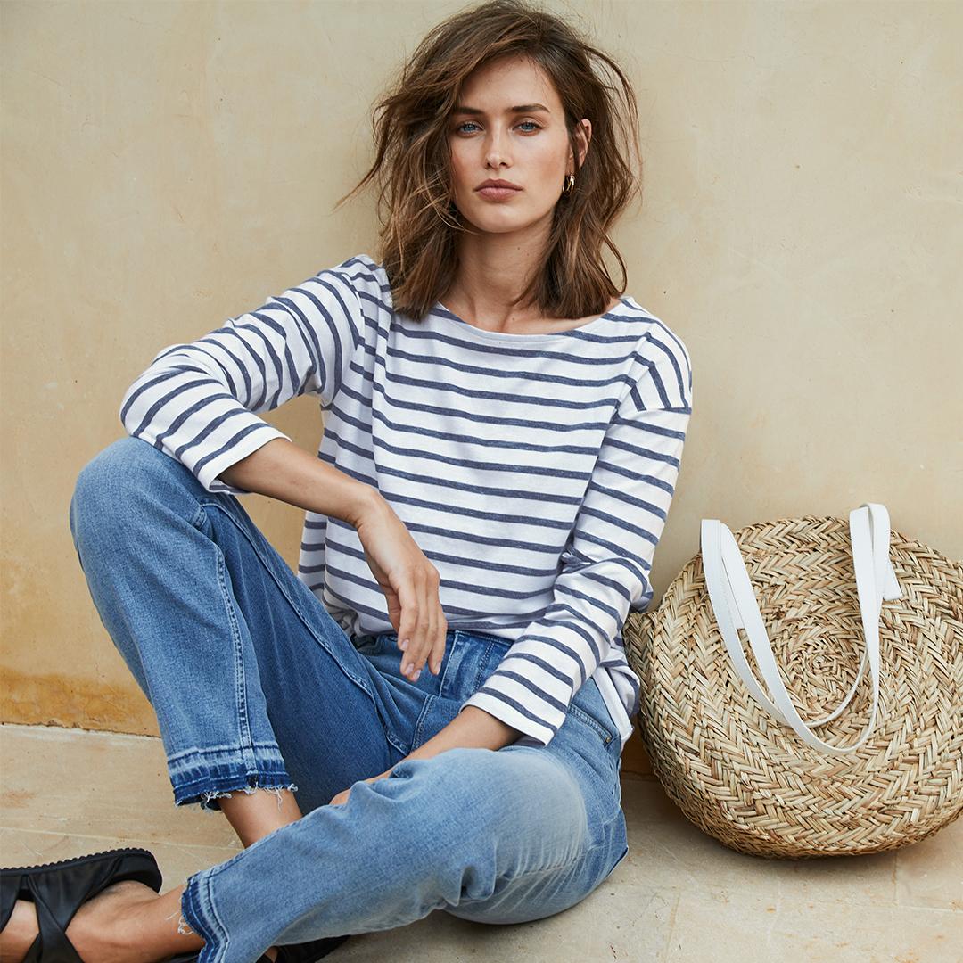 Boat neck. Breton stripes. Blue jeans. It doesn't get more stylish than that https://t.co/4wuoYvpxNu https://t.co/AyhD2MoE4B