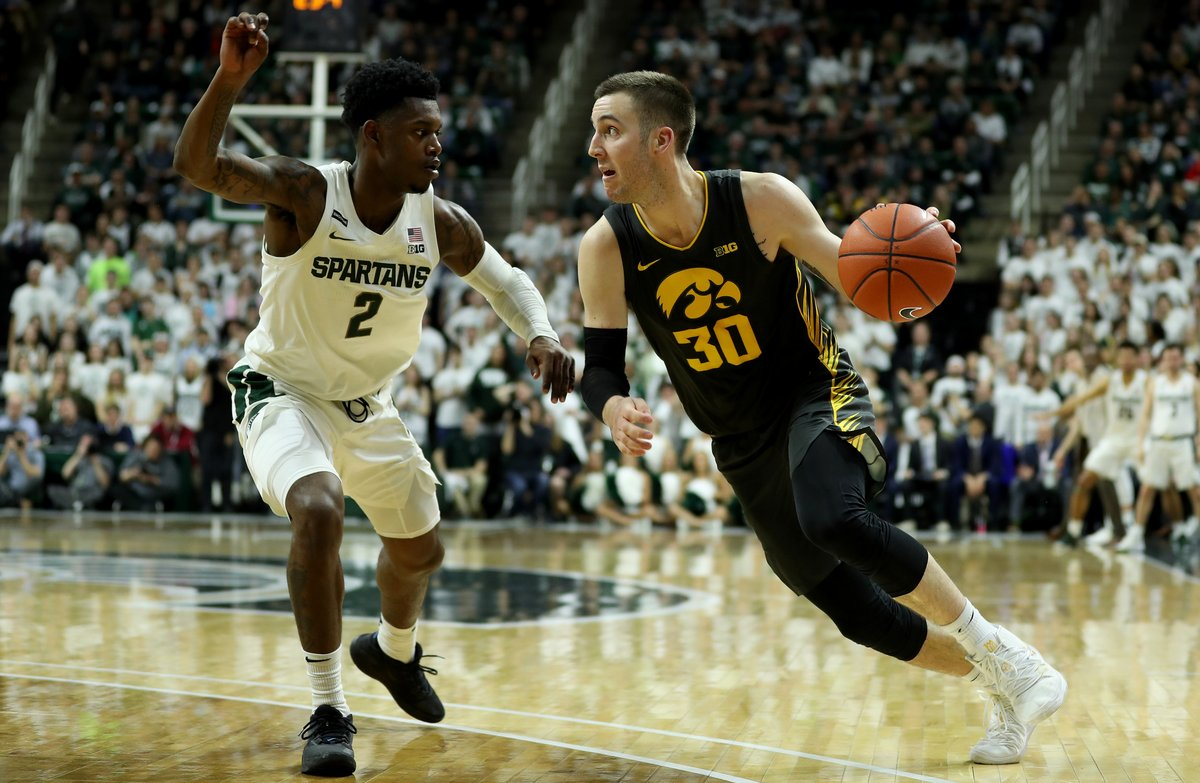 Connor McCaffery finished 2019-20 with 193 points, 124 rebounds, 124 assists, 35 steals, 27 turnovers.  According to @collegebb_ref, he is the only player nationally, dating back to 1993, with 120+ asts, 120+ rbs, 175+ pts, 25+ stls & 27 or fewer turnovers in a season. #Hawkeyes https://t.co/wsATU8bvJ3