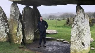 Patrols aim to tackle heritage crime in Wales bbc.com/news/uk-wales-…