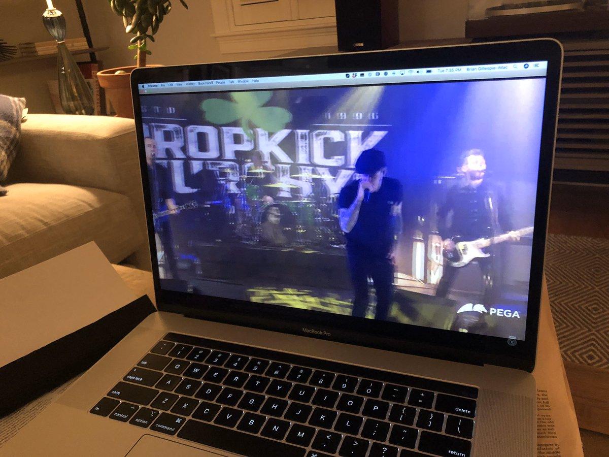#dropkickmurphys Live! And Thank You!pic.twitter.com/Vcm63ZPCM9