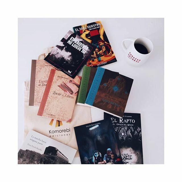 Botín, así le llaman los que saben, del sur de #Chile. #VidadeEditor #Libros #LosRíos #Valdivia #edición #editoroales #lecturas #tw #FB #booktography #bookstagram #booklover #coffeetimepic.twitter.com/tDm7JC7qvg