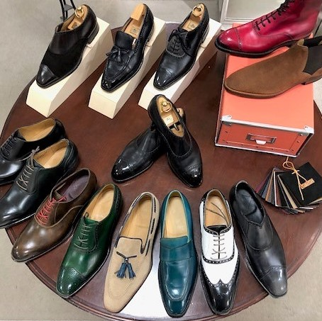 <#BROSENT パターンオーダー会> 【3/20(金・祝)~22(日)】 足を計測して1足ずつ作る #オーダーシューズ をお好みのカラーに染色して仕上げる特別な1足。 「ほしい靴が見つからない」「足に合う靴が見つからない」など、革靴に関するお悩みなど、ご相談ください。[5階] http://bit.ly/2QjCT4zpic.twitter.com/SXRrEmmvMI