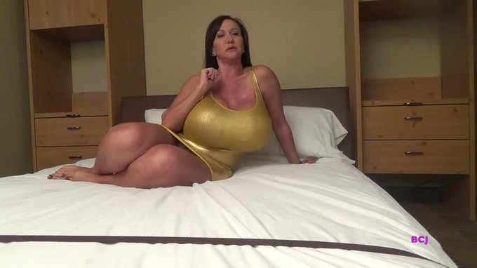 Another vid sold! Slave Training Trial https://t.co/M5LHjBNTWN #MVSales https://t.co/Oj0VTqRPoy