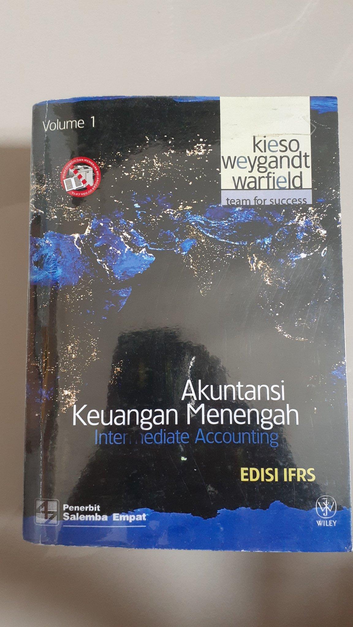 Off Cek Pinned A Twitter Cm Ada Yg Punya Kunci Jawaban Bahasa Indonesia Buku Ini Dosenku Jahat Banget Harus Di Kerjain Semua Pertanyaan Di Dalemnya Pdhl Semua Anak Kelas Udah Kerjasama