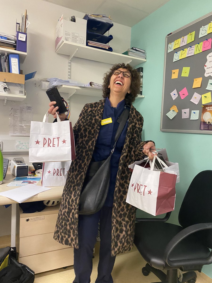 When @Pret do a free-coffee-for-NHS-workers so @Yanarichens and @MegAWilkinson do a run for half of the unit! Looking after each other in these tough times is crucial  @uclh #RandomActofKindness https://t.co/gt8fVa0s1b