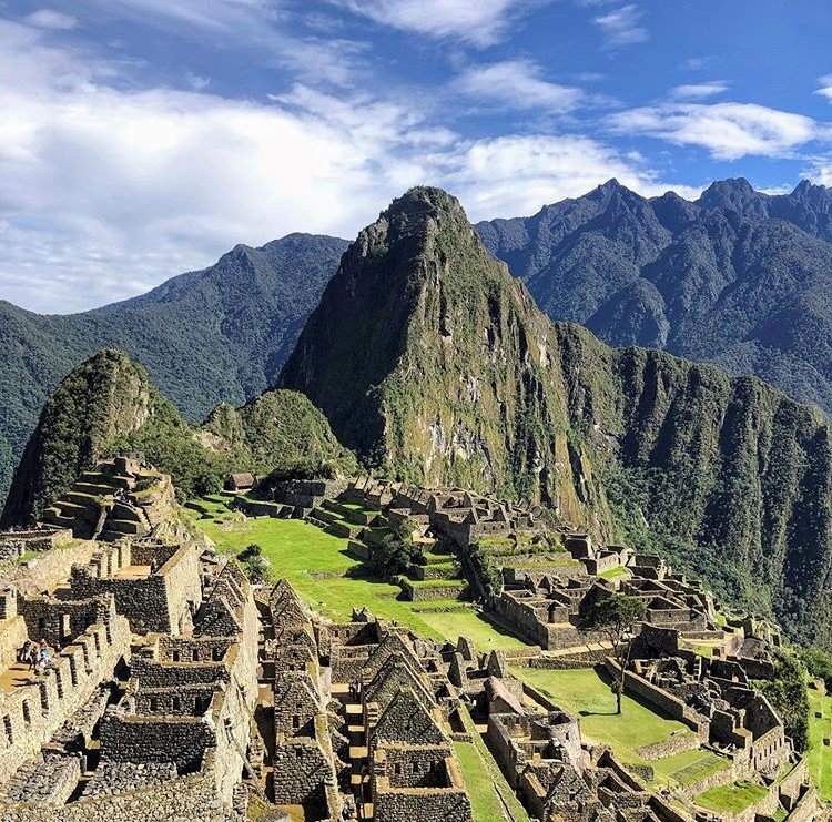 Wellness Tour Peru! Discover one of the wonders of the world and delve deeper into the incredible history of the Inca civilisation  Find out more about Wellness Tour Peru through this link: https://bit.ly/2IVAhG5    @rafamirapalhete  #HealthandFitnessTravel #exploreperu pic.twitter.com/XzfOpbFTyg