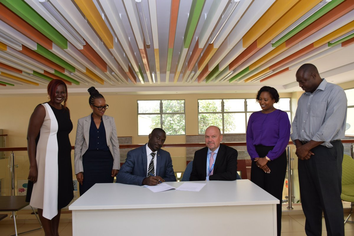 Yesterday was a momentous day as we signed a contract with @MPESAFdnAcademy . The contract is in line with our sustainability plan which will see @YALIRLCEA train 93 students of the Uongozi Center  #YALITransformation https://t.co/p2aROv4UtB