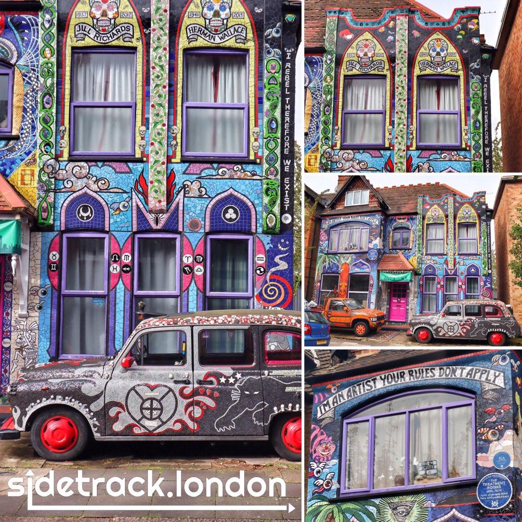 #QuirkyLondon: The Mosaic House in #Chiswick by @carriereichardt #mosaichouse #london #quirkyhouse #quirky #secretlondon #mosaic #art #artist #art #londoncalling #londonlife #lovelondon #thisislondon #chooselovely #beautifuldestinations #travel #worlderlust #visitlondonpic.twitter.com/JpuswBtLHl