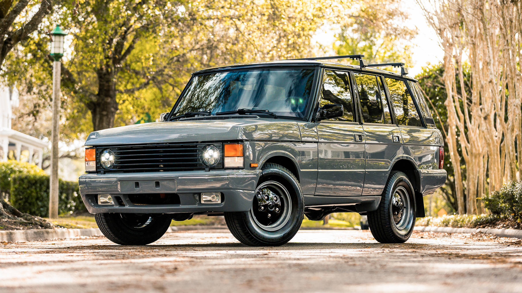 Top Gear On Twitter What Do You Think Of These Restomod V8 Range Rovers E C D Automotive Design Plugs Chevrolet Engines Into Classic Rangies Https T Co V3dlhaaccs Https T Co Bkgglp3bb7