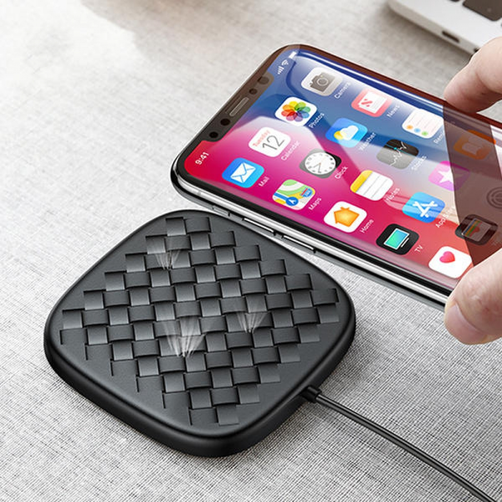 Baseus Luxury-Grid-Pattern Fast Wireless-Charger   View on website link http://bit.ly/32fZ6Ez  #gadgets #techgadget #gadgetshop #smartgadget #appleaccessories #applewatch #technology #applelifestyle #appleaccessories #macbookair #iphoneaccessoriespic.twitter.com/JFMtg6svIs