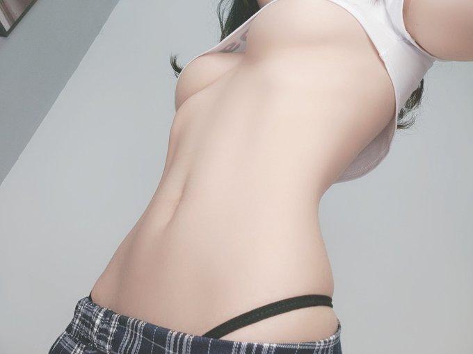 コスプレイヤー清水由乃のTwitter自撮りエロ画像6