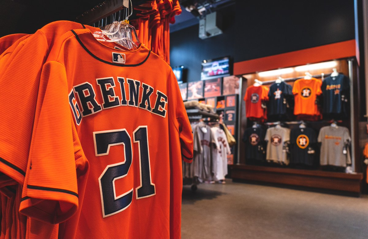 RETWEET to win a gift certificate to the Team Store! #OpeningDayAtHome #ForTheH