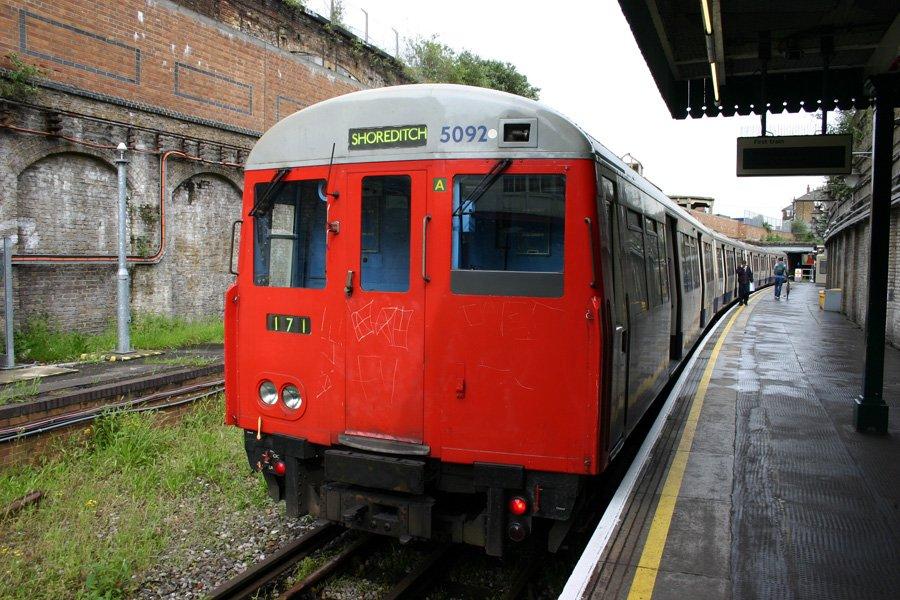 ET CLUgWoAM2bah - The East London Line: Ten years on...