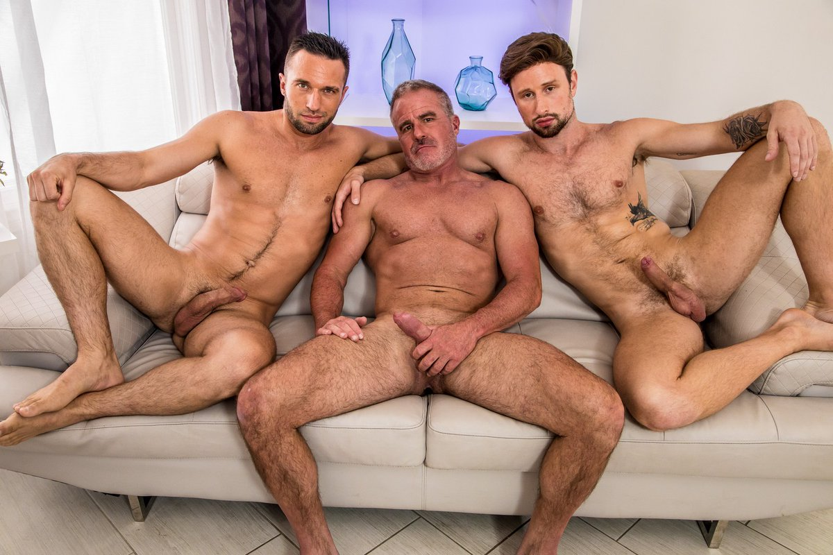 Free Naked Guys Porn Pics
