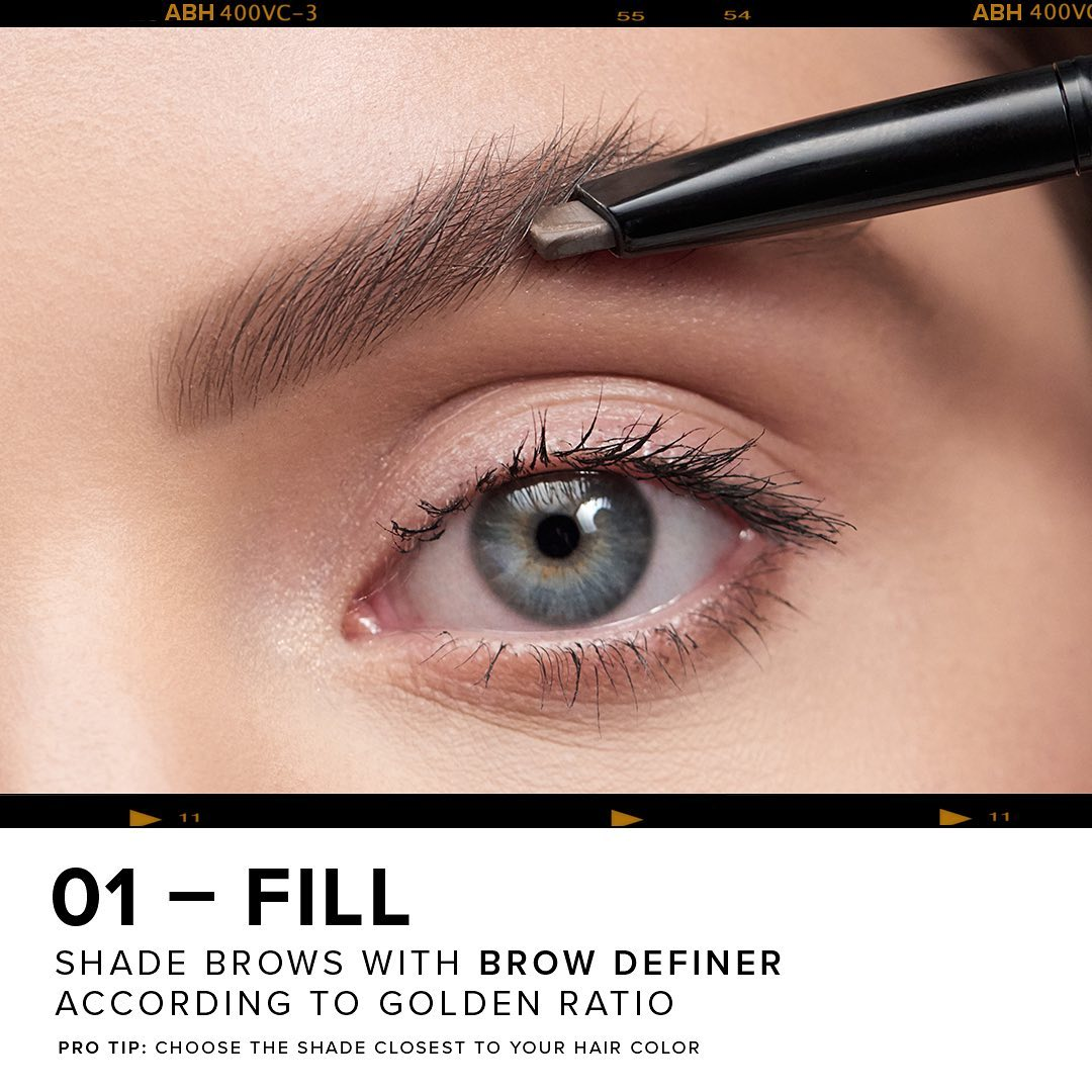 Create natural and polished brows in 4 simple steps!   1 - Fill with Brow Definer 2 - Detail with #BrowWiz 3 - Set with Clear Brow Gel 4 - Finish with Pro Pencil and Brush 20  #WeAreBrows #AnastasiaBrowspic.twitter.com/qhijVz8uOQ