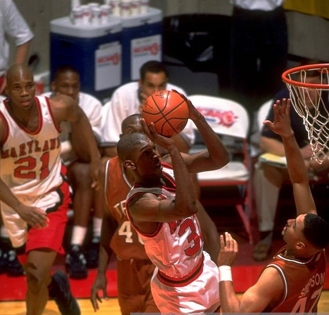 What a game! @JoeBeast95 had 31 pts, 21 rebs, 7 blocks & 4 steals in the @TerrapinHoops win over Texas.  Sent #Terps to 2nd straight Sweet 16. One of the greatest games in Maryland history. March 18, 1995. I was there, calling it on @WMUCSports 25 years ago today. Thanks Joe! https://t.co/EA2E4XxDGG