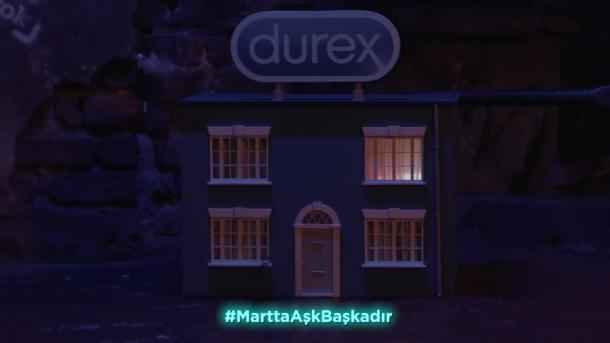 """Durex """"martta aşk başkadır"""" diyor https://t.co/okoevyMhOX https://t.co/WeNV7q8WPN"""