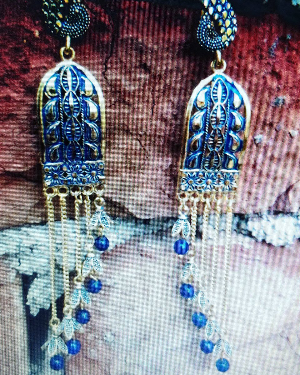 Danglers ver very light weight  #jhumkas #earrings #oxidisedjewellery #jewellery #jewelry #indianjewellery #jhumkalove #imitationjewellery #jhumkaswag #templejewellery #germansilver #indianjewelry #earings #jhumkilove #germansilverjewellery #accessories #chandbali #bangles #bhfyppic.twitter.com/ry7VJyLgZ8