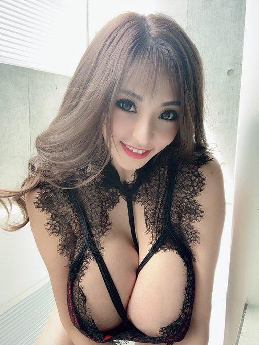 AV女優さくら悠のTwitter自撮りエロ画像70