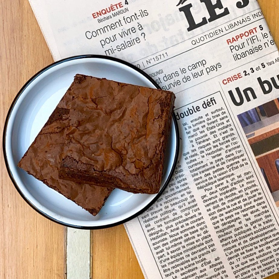 Less news  More brownies  ⠀⠀⠀ #news #brownies #socialdistancing #treatyourself #healthylifestyle #salata #lovewhatyoueat #salad #beirut #coffee #stayhome #staysafe #cleaneating #lebanon #health #wellness #saladlover #lunch #eatyourgreens #organic #sweettooth #dessertpic.twitter.com/OfrAQvZ7pO – at SALATA