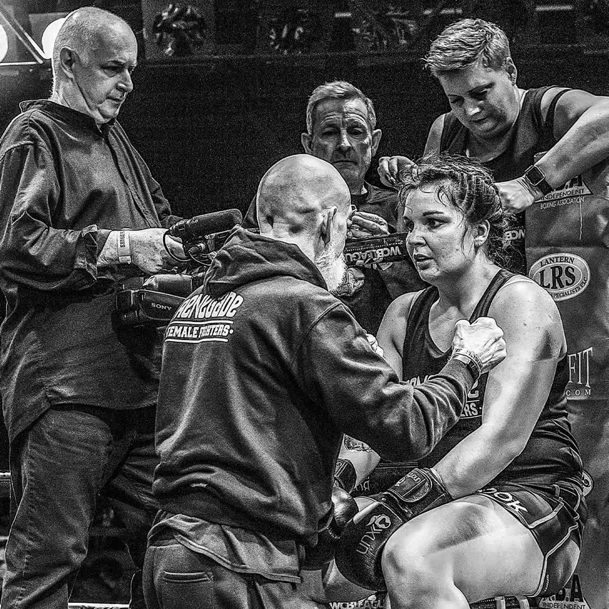 Your only limitation is your imagination.   Fight Night - April 25th - Ibis Forum, Stevenage – Tickets Available Via The Link Below  http://www.ladiesboxing.co.uk  #LadiesBoxing #WhiteCollarBoxing #BoxingForCharity #LondonBoxing #Boxing #ProBoxing #AmateurBoxingpic.twitter.com/3HwcM8rRXt