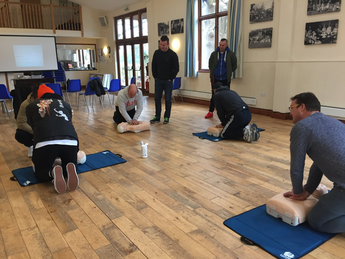 We want you feel confident performing first aid and with the new complication of COVID-19 the advice about how to check for breathing and how to perform CPR safely. Have a look at our blog for details. #CPR #firstaidtraining #firstaidcourse #COVID-19 http://ow.ly/43pL50yOWVApic.twitter.com/1ee7KdKCBM