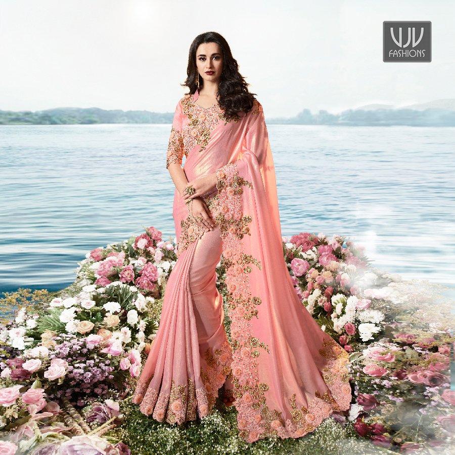Buy Now @ http://bit.ly/2U1CkNP  . Pretty Pink Color Fancy Fabric And Net Designer Saree . Fabric - Fancy Fabric, Net . Product No  VJV-SULA6201 . #saree #sarees #designersaree #weddingsaree #bridalsaree #silksaree #banarasisarees #netsaree #ethnicsaree #partywearsaree pic.twitter.com/hCmdUkT2bB
