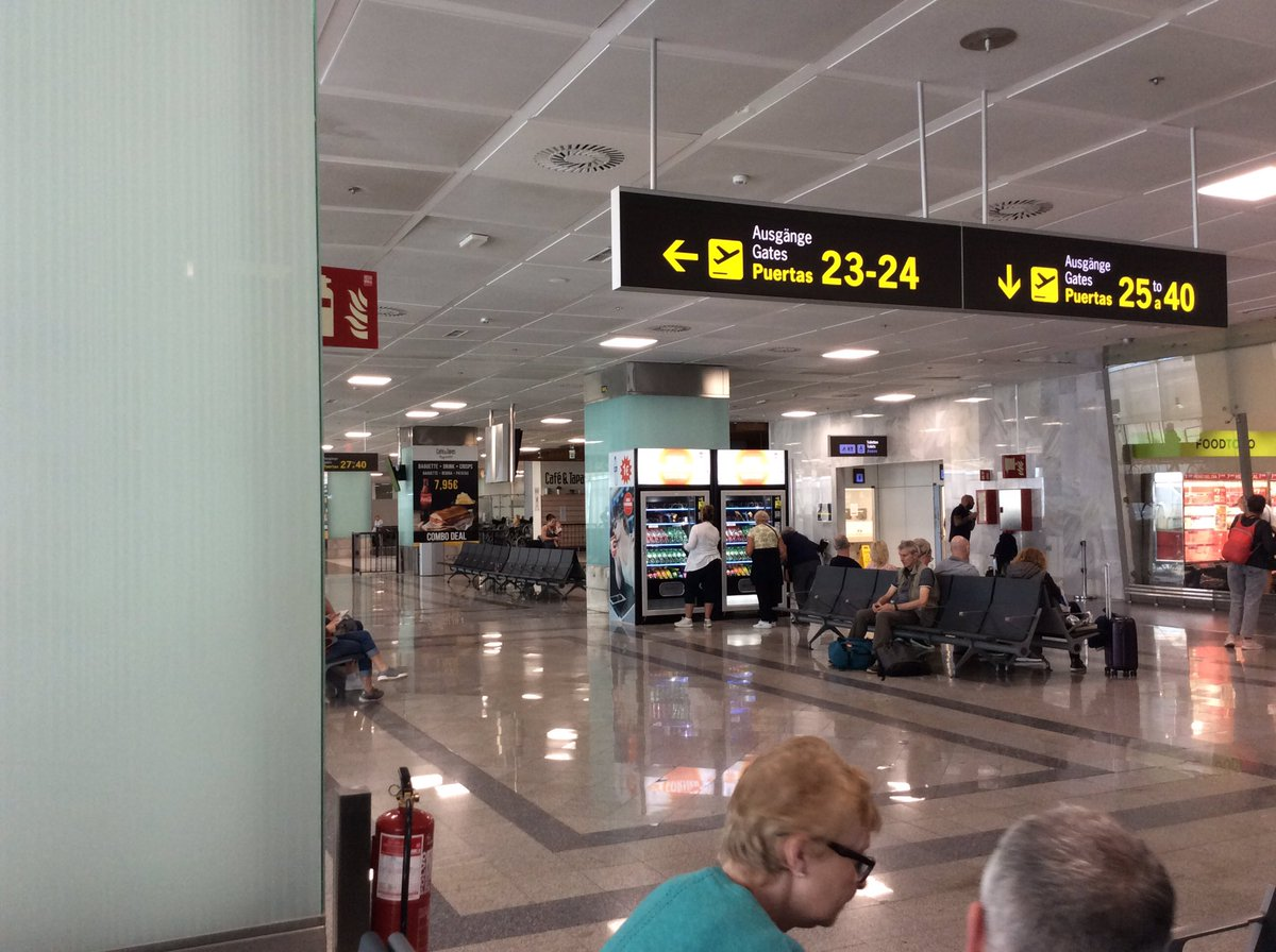 @jet2tweets @paradisepark @wessexjames  We are at Tenerife airport right now, all is calm, food and drinks available. Check in superbly managed. We will be returning to Tenerife as soon as it is possible.pic.twitter.com/Sz4Iwp0xy6