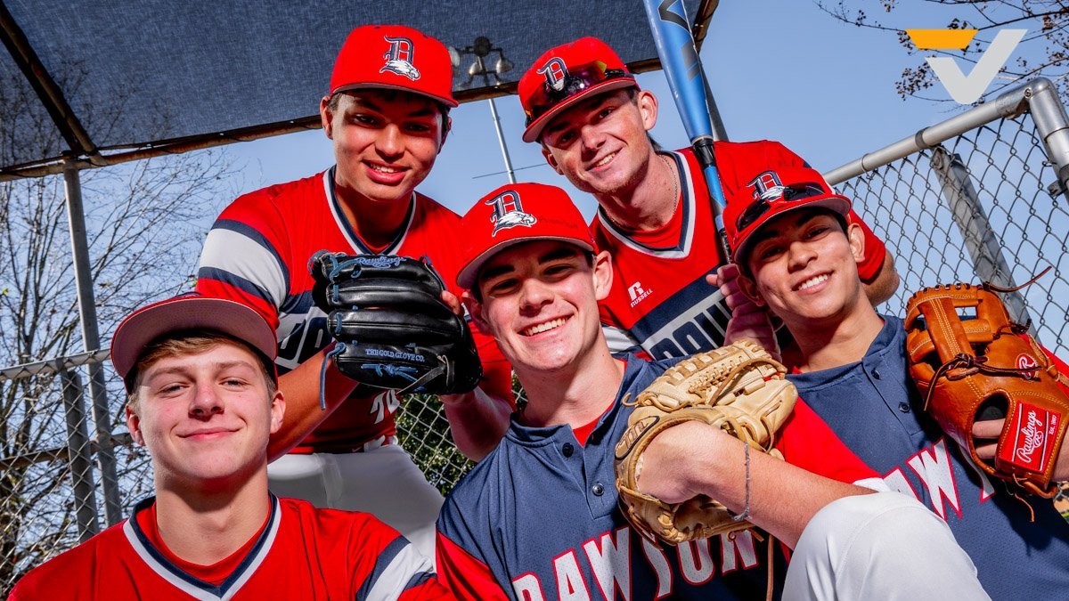 VYPE BYTE-@dawson_baseball  While we wait for Baseball to return, take a look back as VYPE caught up with @jlrawlin77, @TristanSchwehr, @JARRETTTADLOCK, and @cjostrom19. #TXHSBaseball  @tinleykane, VYPE U Ambassador #VYPEU  VIDEO: http://bit.ly/3bcZB6ypic.twitter.com/g3e6thJIet