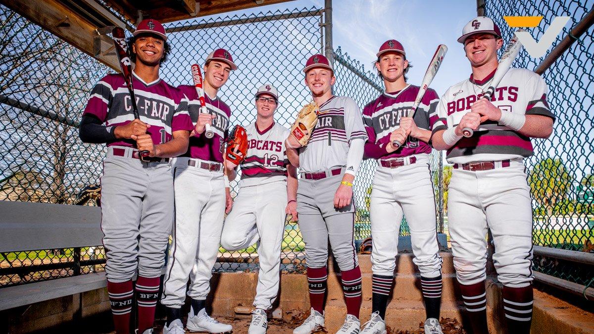 VYPE BYTE-@CyFairBaseball  While we wait for Baseball to return, take a look back as VYPE caught up with @jvogel_19, @brandonellisor7, @RhettMccaffety , @andrewsmitchel4, Tyler McClosky, and Anthony Gross. #TXHSBaseball  @tinleykane #VYPEU  VIDEO: http://bit.ly/2Wttvzkpic.twitter.com/D86RuoXRvu