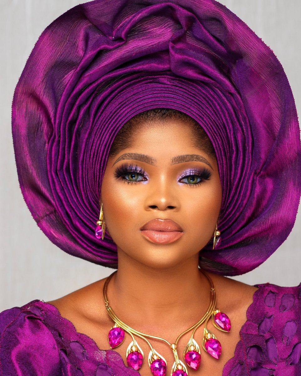 Have you booked ADORNEDBYJOY 09021776594 ? Just curious #makeupartistinlagos #makeupartistinikejapic.twitter.com/PEMQ6xQNbR